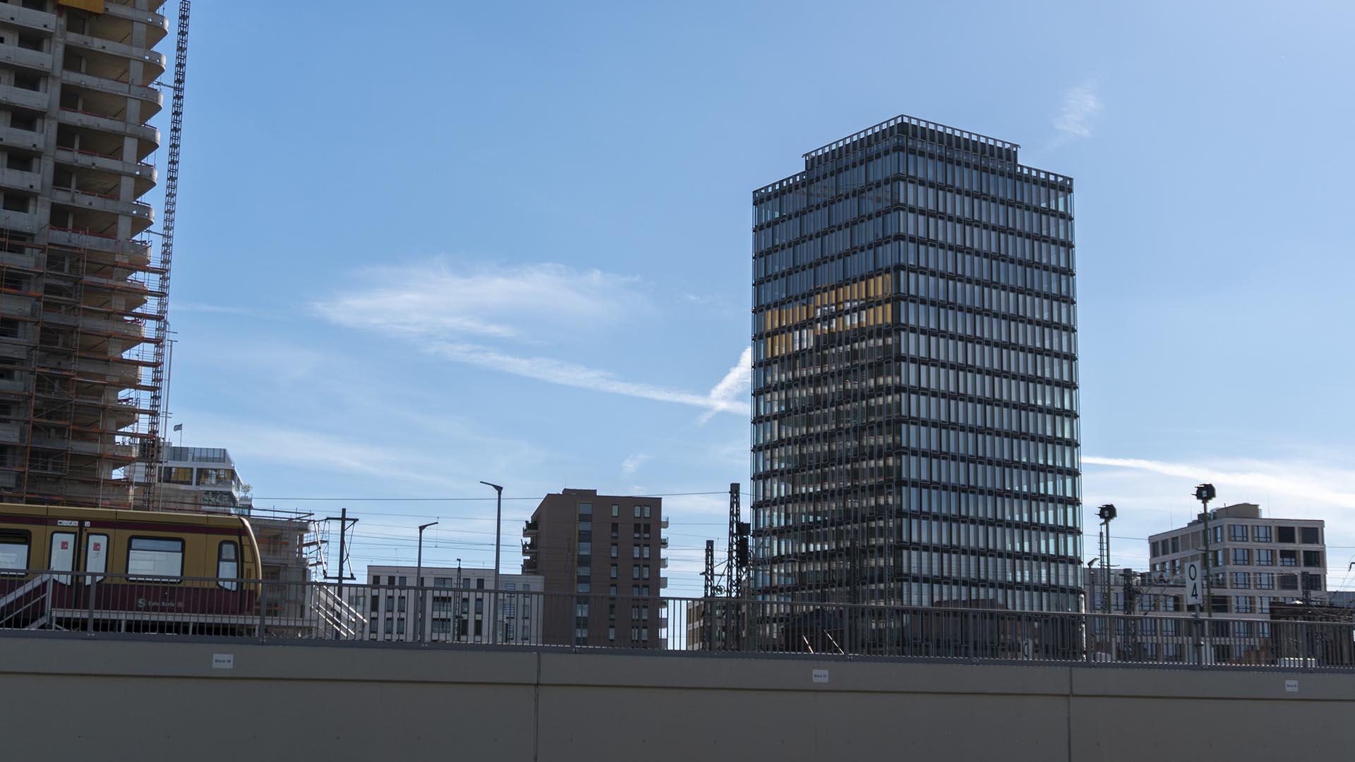 Spreeturm Hochhaus am Postbahnhof